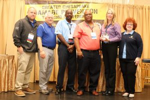 NPL receiving their 2019 Dig Safe Award from Miss Utility